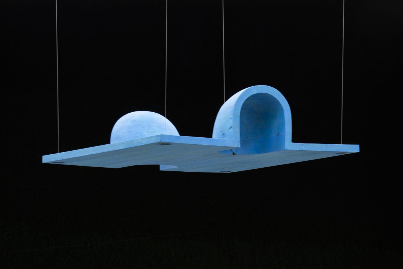 アートコートギャラリーにて、彫刻家・松井紫朗の新作展「Far Too Close」開催