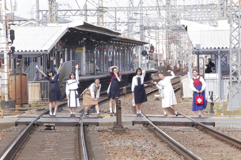 服飾ブランド・FUTATSUKUKURIによる冬の特別展「ハレの日のしたく」ちえちひろとコラボ