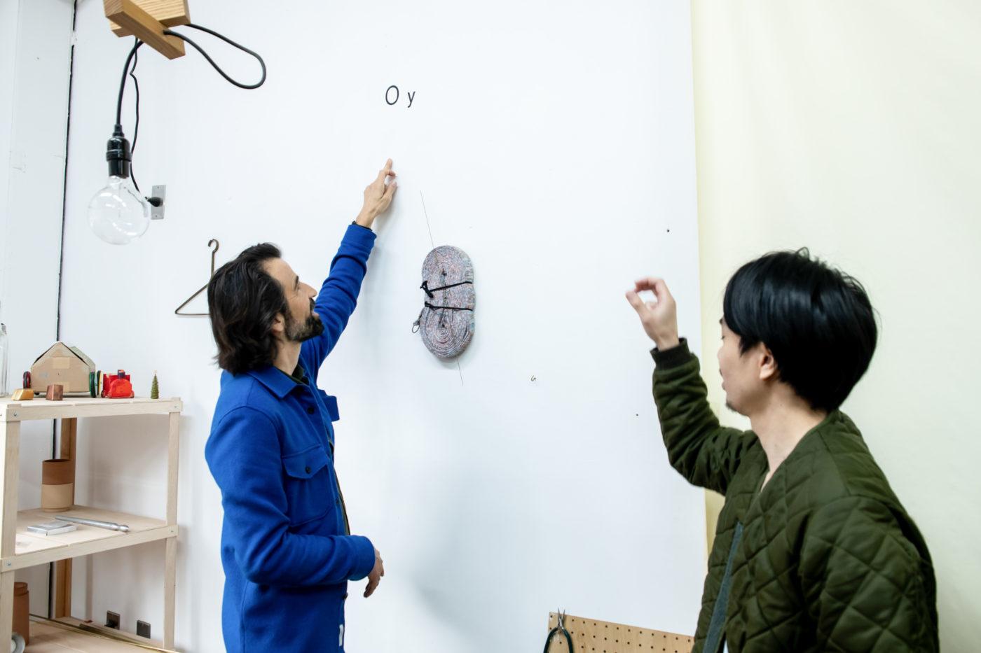 STUDIO VISIT|FREITAG創設者マーカス・フライターグさんと行く、吉行良平さんの仕事の現場 1/3