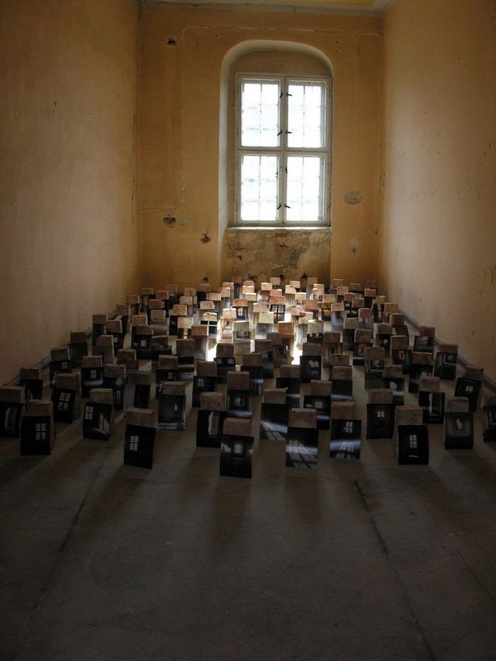 アーティスト/バルセロナ芸術文化センターEspronceda・チーフキュレーターのSavina Tarsitanoを招いたトークイベント、梅田のVisLab OSAKAにて開催