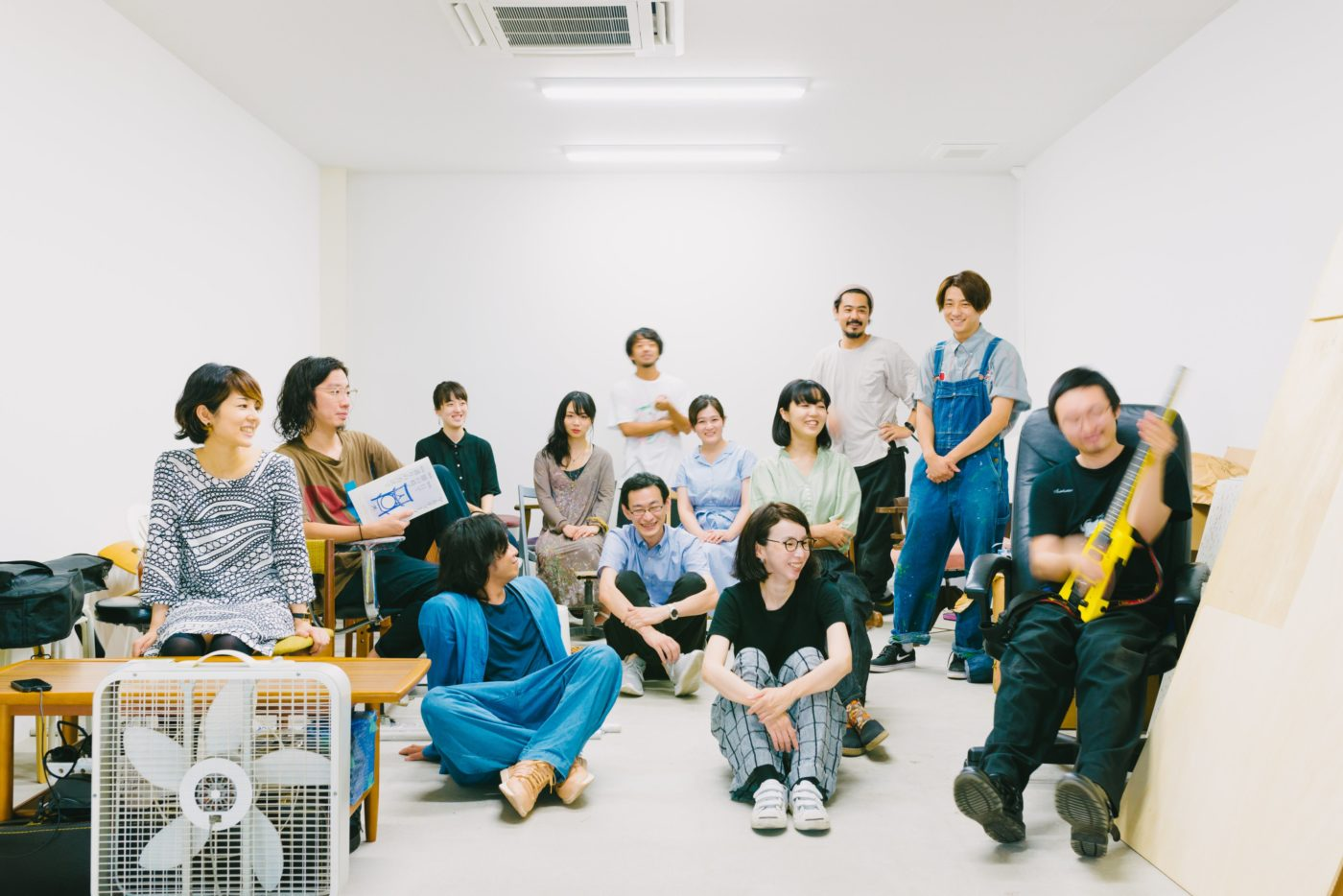 北加賀屋のアーティスト・スペース「Super Studio Kitakagaya」が、オンラインでオープンスタジオを開催。入居者11組13名のスタジオ&インタビュー、共有スペースでの企画展示を公開。