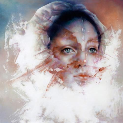 2010年から11年の歳月の中での、佐藤未希の作品の変遷を追う展覧会。「佐藤未希 2010-2021」、Yoshimi Artsにて。